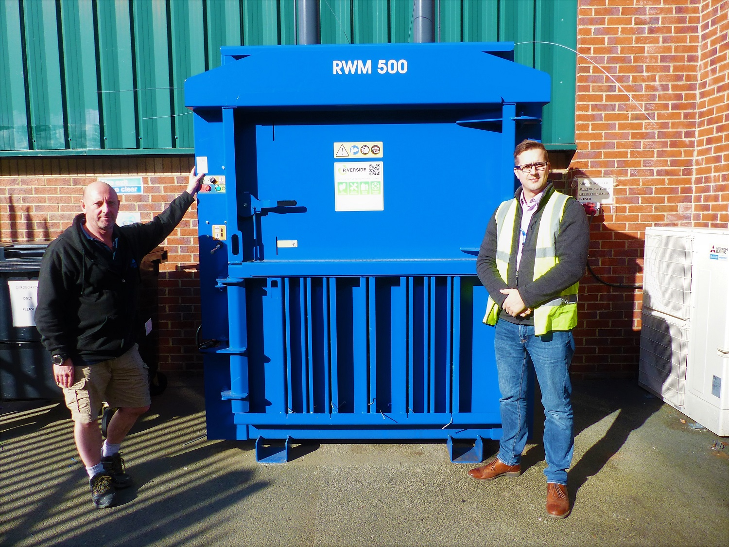 Data centre equipment specialist opts to bale with Riverside